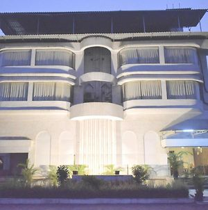 Hotel Staycation By Marvik Rooms photos Exterior