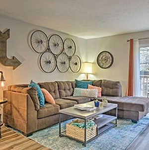 Chic Condo With Porch About 3 Mi To Lake And Strip! photos Exterior