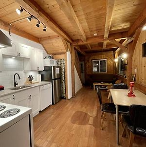 Black Bear Cottage By Natural Elements Vacation Rentals photos Exterior