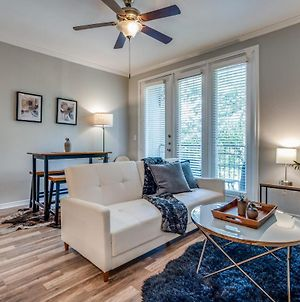 Cozysuites Bold And Classy 1 Bedroom Apartment Cityplace photos Exterior