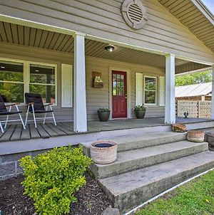 Pet-Friendly Abode With Fire Pit 4 Mi To Dtwn! photos Exterior