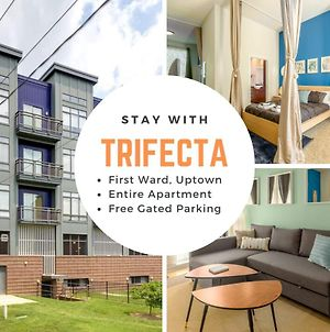Trifecta Spacious & Beautiful Wifi Superhost photos Exterior