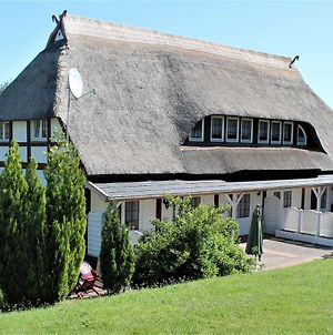 Cozy Apartment In Wohlenberg Germany With Beach Nearby photos Room