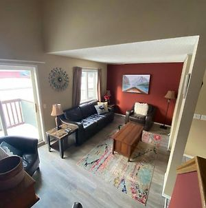 Cozy Home Canmore 3Br Walking Distance To Downtown photos Exterior