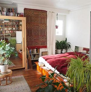 Very Large Private Room With Own Bathroom, In Montmartre Apartment photos Exterior