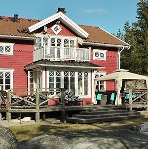 Three-Bedroom Holiday Home In Vaxholm photos Exterior