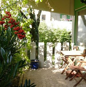 Apartment With Terrace And 2 Bedrooms, Up To 4 Persons, Ideal For Families, South-West Part Of Munich photos Exterior