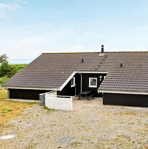 Five-Bedroom Holiday Home In Logstor photos Room