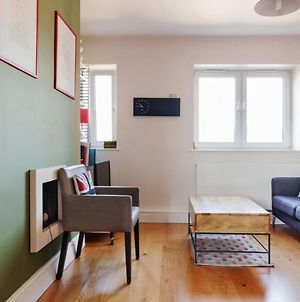 Modern And Bright 2 Bed Flat In Bermondsey photos Exterior