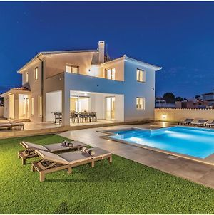 Nice Home In Galizana W/ Outdoor Swimming Pool, Jacuzzi And 4 Bedrooms photos Exterior