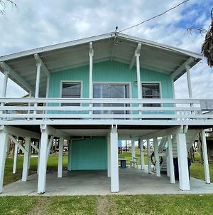 Fun In The Sun! Cozy Beach Pad, Gulf Views And Easy Access To The Sand! photos Exterior