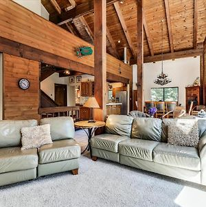 Tahoe Donner Spacious Home With Hot Tub photos Exterior