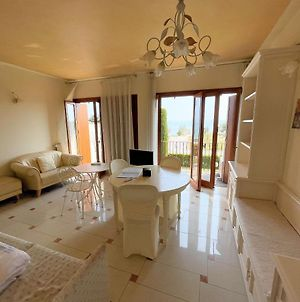 5 Star Sirmione With Private Beach And Garage photos Exterior