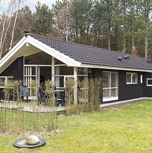 Three-Bedroom Holiday Home In Hjorring 10 photos Exterior