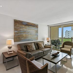 Seconds Away From The Beach And Pool! Beautiful Condo With Beachview Balconies Pet Friendly photos Exterior