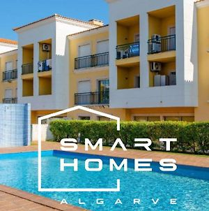 One Bed Flat In The Best Location Of Algarve - Pool, Lift, Balcony & Garage photos Exterior