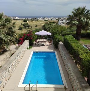 Villa With Private Pool Just 3 Minutes From The Beach photos Exterior