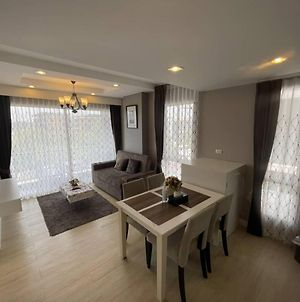 Execlusive Seaview 1 Bedroom Suite With Toproof Pool At The Patio Bangsaen photos Exterior