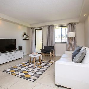 Comfortable 1Bd Apartment With Water View In Hallandale Beach photos Exterior