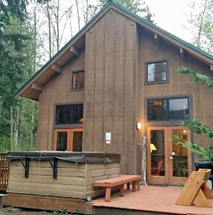 Mt. Baker Rim Cabin #44 - A Cozy Rustic Cabin With Modern Charm photos Exterior