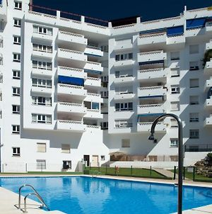 Marbella Sleeps 9 High Speed Internet Wifi Secure Parking Swimming Pool Air Conditioning photos Exterior