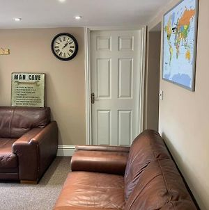 Cosy Clean Ground Floor Flat Close To Town Centre. photos Exterior