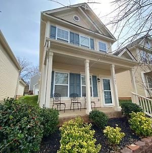 New Listing! Huntersville House In A Wonderful Location! photos Exterior