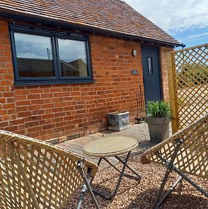 The Cow Shed, Modern Barn Conversion, Kenilworth photos Exterior