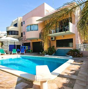 Villa Within Walking Distance Of Restaurants, Nightlife And The Marina photos Exterior