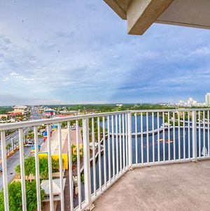 Brand New! 9Th Floor! Beautiful 3 Bd, Great Amenities, And Great Location photos Exterior
