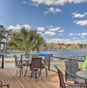 Quiet Lakefront Retreat With Dock, Deck And Grill photos Exterior