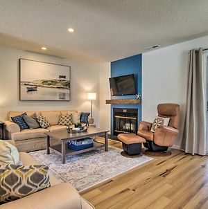 Stylish Townhome About 1 Mi To Beach And Boardwalk! photos Exterior