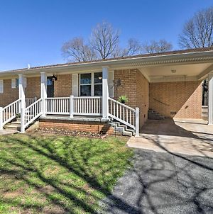 Greers Ferry Home With Yard, Less Than 1 Mi To Marina! photos Exterior