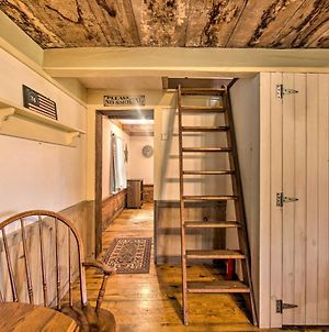 Remote 1901 Studio Cabin With Loft - Pets Allowed! photos Exterior
