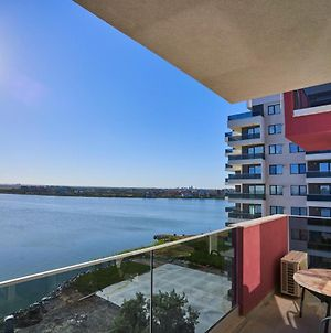 Sunny Lake Apartments With Breathtaking View photos Exterior