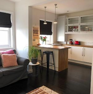 Stylish 1 Bed Apartment On 3Rd Floor photos Exterior