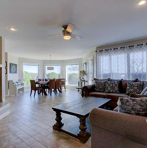 Lakefront Hot Springs Condo With Pool Access! photos Exterior