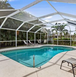 Sw Cape Coral Pool Home,3 Bed, 2 Bath, Electric Heated Pool, Privacy Hedges, Fenced Yard photos Exterior