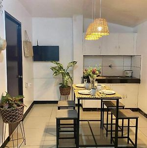 Fresh Brand New 2 Bedroom Near Airport With Wifi! photos Exterior