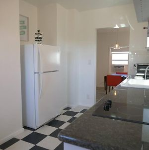 Newly Remodeled 1 Bed, 1 Bath Home Near Lax, Forum photos Exterior