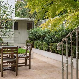 Elegant 3-Bed Flat With Private Garden In Notting Hill, West London photos Exterior