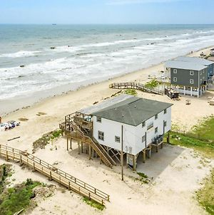 Unobstructed Oceanfront Sea Otter Unit 4 Beach Pad! photos Exterior