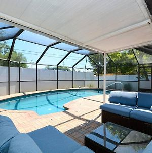 Cozy, Fido-Friendly Pool Home Just 4 Miles To The Beach! photos Exterior
