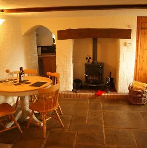 Cosy Cottage Nestled Between Exmoor And The Coast photos Exterior