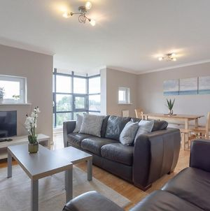 Bright Modern One-Bed With Stunning View Of Thames photos Exterior