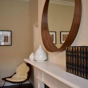 Newly Refurbished 2 Bedroom Townhouse In Dublin 4 photos Exterior