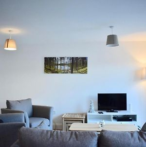 Bright 2 Bed 1 Bath Apt With Rooftop Terrace photos Exterior