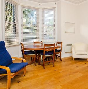 Bright And Spacious 1Bd In West Hampstead photos Exterior