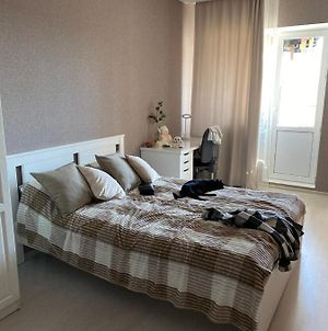 Room In A Flat photos Exterior