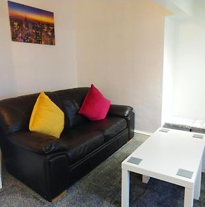 Derwent Street Apartment 3 - Self Contained - 2 Bed Self Catering Apartment photos Exterior